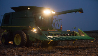 Warm nighttime temperatures diminished yields throughout the Midwest in 2010 and 2012. Brad Rippey, a meteorologist for the U.S. Department of Agriculture, said warm nighttime temperatures can even cause more crop damage than drought.