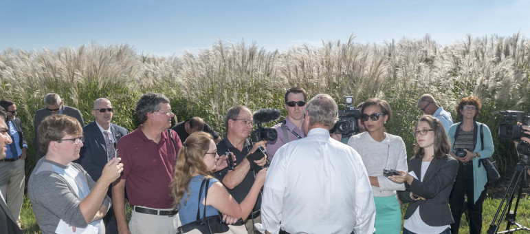 U.S. Secretary of Agriculture Tom Vilsack talks to the media on Sept. 10, 2015. He was at the Energy Farm just south of Urbana, Ill.